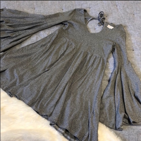 Altar'd State Dresses & Skirts - Altar'd state grey striped bell sleeve dress sz. S
